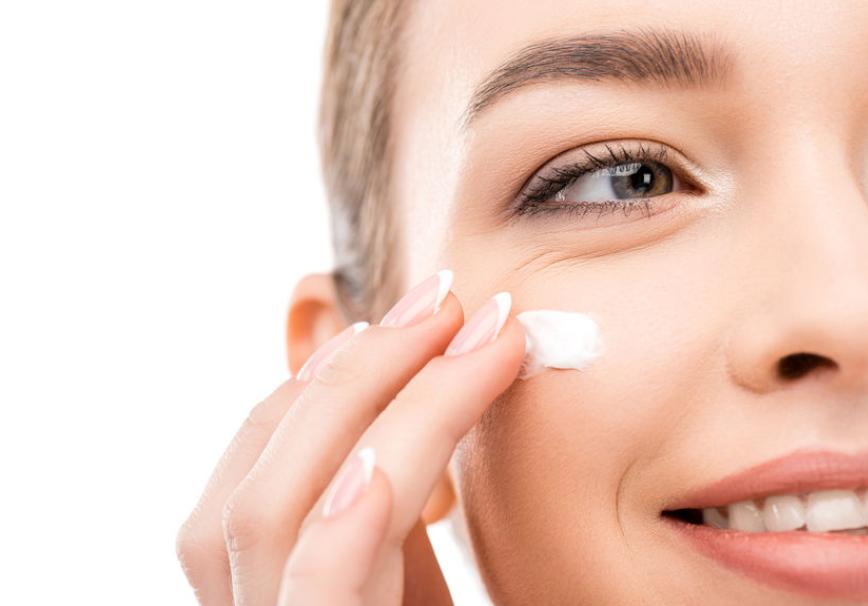 健麗:去眼袋手術會不會有副作用,一篇文章對比兩種技術