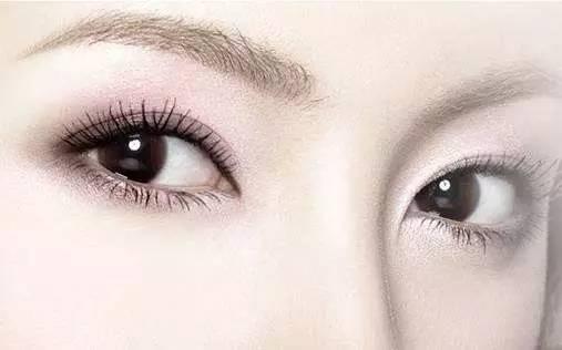 常用的去眼袋方法是什麽?
