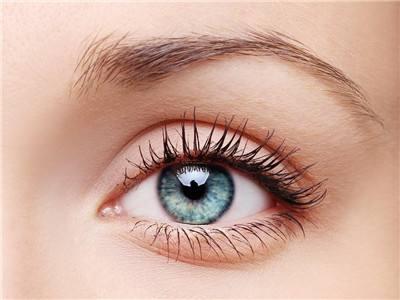 雙眼皮壹般做多寬自然