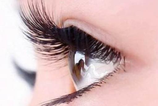 做完雙眼皮後應該怎麽消腫 雙眼皮術後應該註意哪些護理