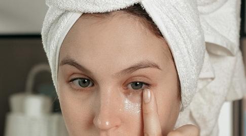 長期黑眼圈很嚴重是怎麽回事